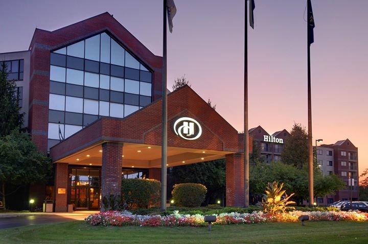 Hilton Auburn Hills Suites cover