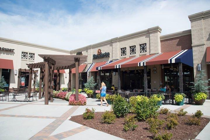 Quail Corners Shopping Center cover