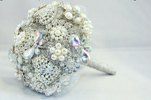 Brooch Bouquet Training cover