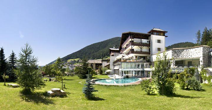 Romantik Hotel Post Carezza Dolomiti cover