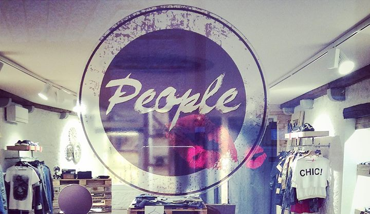 People Udine cover