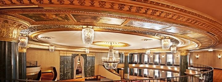InterContinental Chicago Magnificent Mile cover
