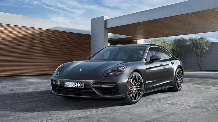 Porsche Centrum Warszawa cover