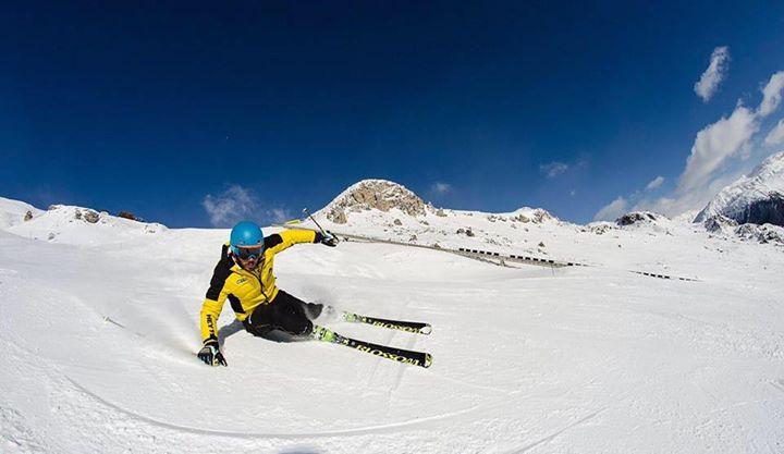 Blossom Ski cover