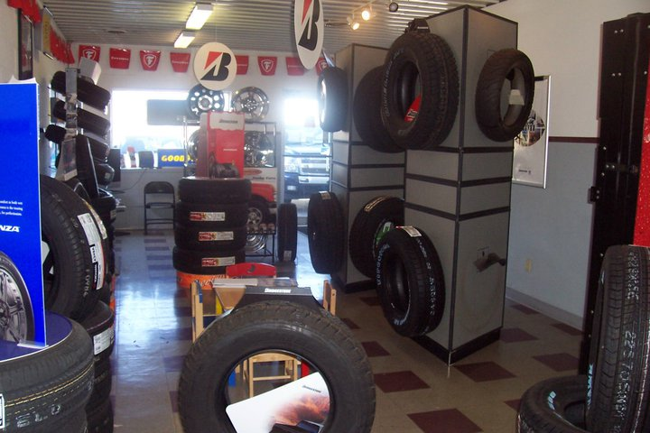Jimmys Tire & Lube Center Inc. cover
