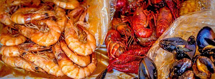 Hot N Juicy Crawfish DC cover