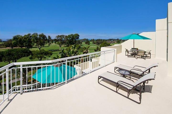 Hilton La Jolla Torrey Pines cover