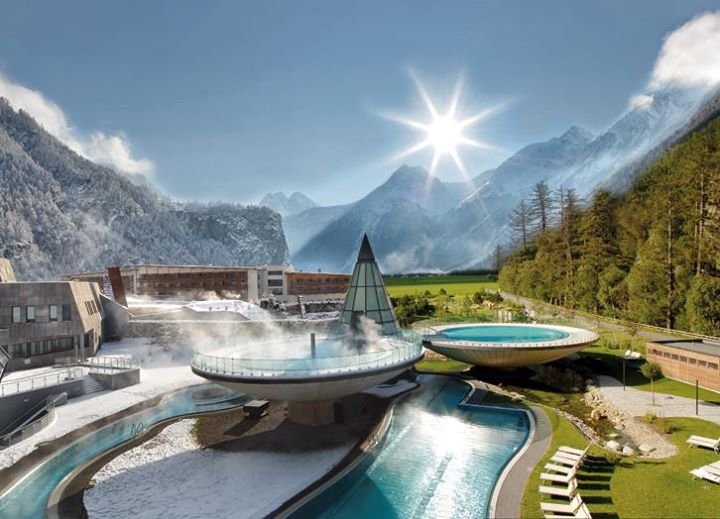 AQUA DOME - Tirol Therme Längenfeld cover