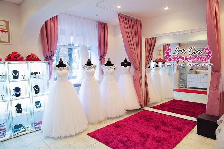 Kāzu salons un dekora studija LoveDeco.eu / Свадебный салон и студия декора cover