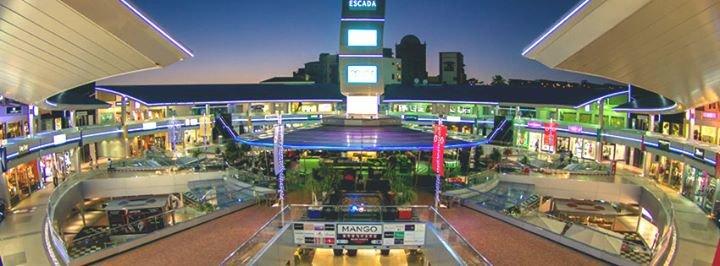 Centro Comercial Plaza del Duque cover