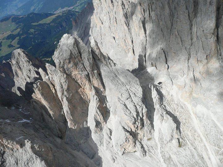 Rifugio Toni Demetz Hütte cover