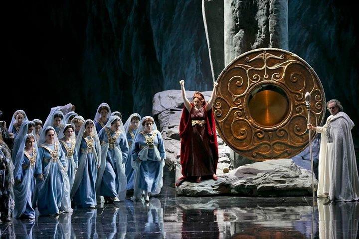 האופרה הישראלית cover