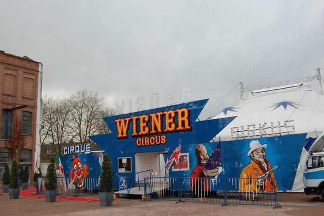 Wiener Circus cover