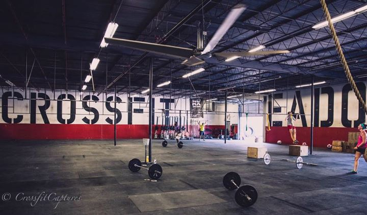 EaDo Fitness: CrossFit + Bootcamp cover
