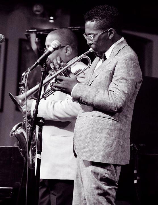 Jazz Showcase cover