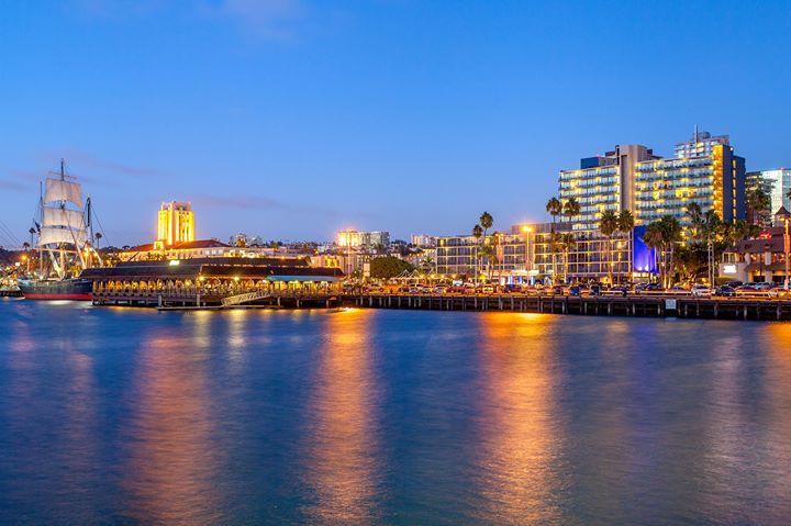 Wyndham San Diego Bayside cover
