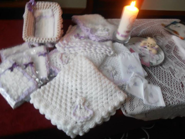 Feileacain Knitting - Cocooned Project cover