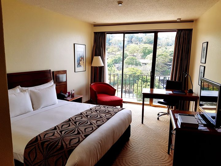 Crowne Plaza Port Moresby cover