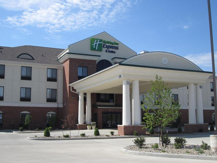 Holiday Inn Express Lafayette East cover