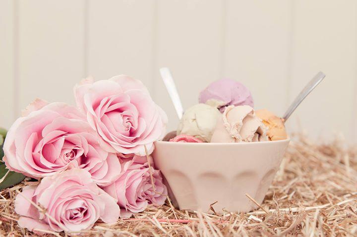 Sweet Ally Scoops  Vintage Ice Cream Van cover