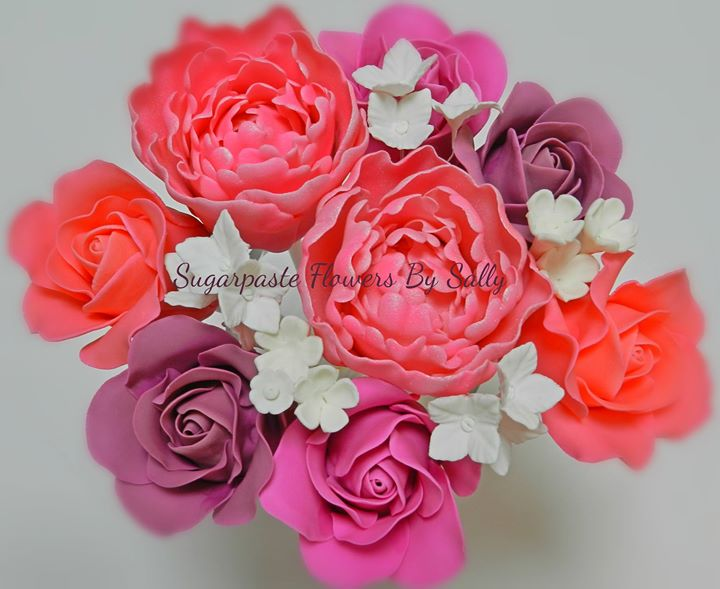 Sugarpaste flowers by Sally cover