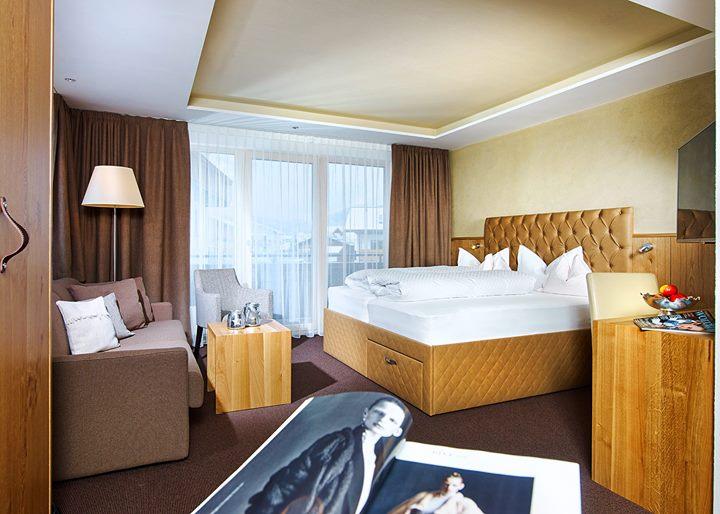 Hotel Lasinga cover