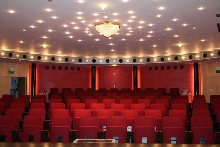Kleines Theater Garmisch-Partenkirchen cover
