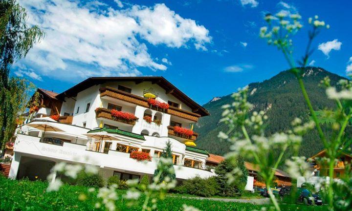 Ferienhof Schöne Aussicht Pfunds cover