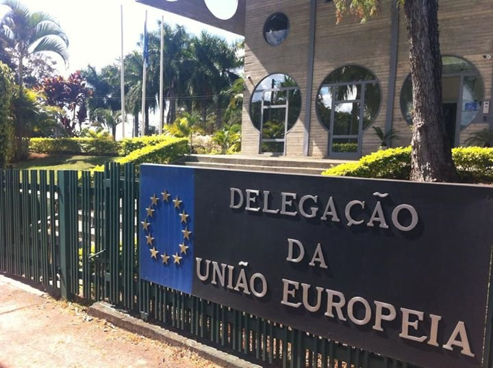 União Europeia no Brasil cover