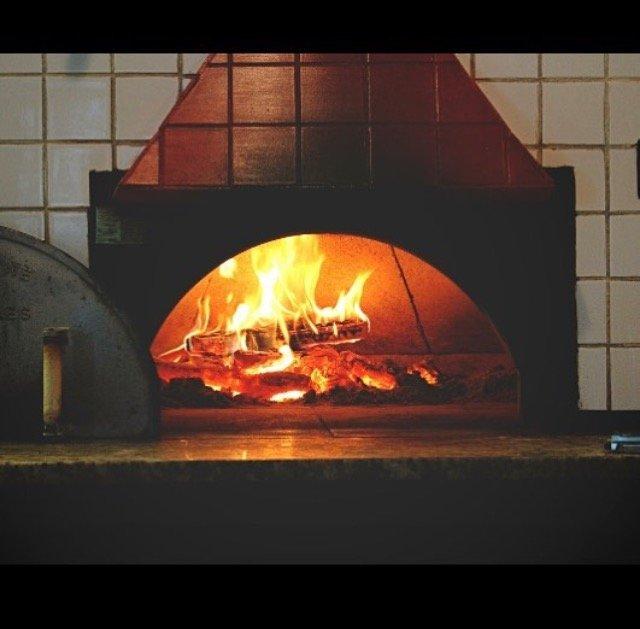Vingenzo's Pasta & Pizzeria cover