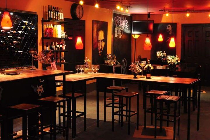 Paula's Wine Knot Beer and Wine Bar cover
