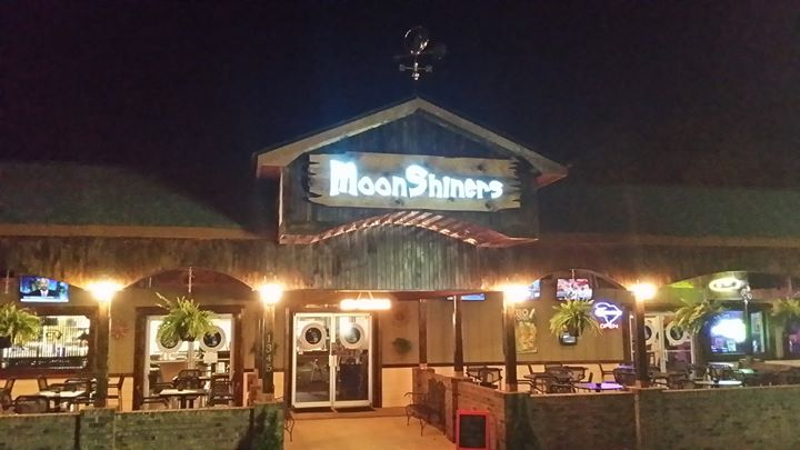 Moonshiners Patio Bar & Grill cover