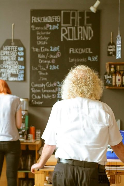 Café Roland cover