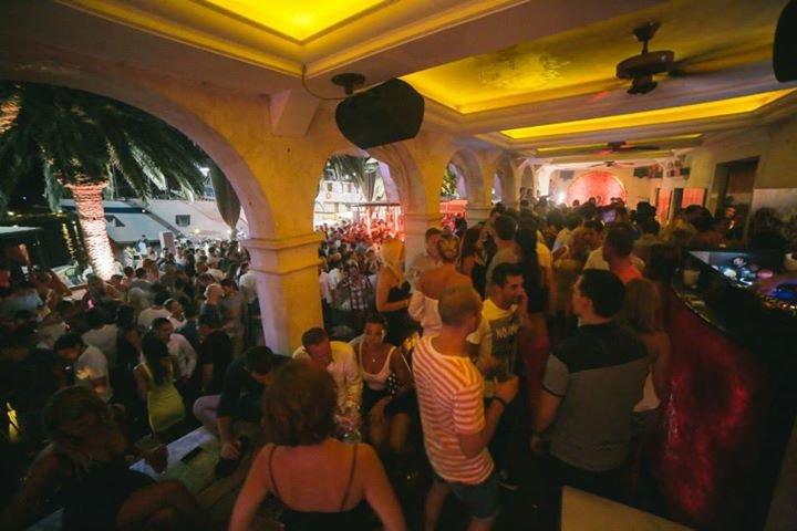 Carpe Diem Bar Hvar Croatia cover