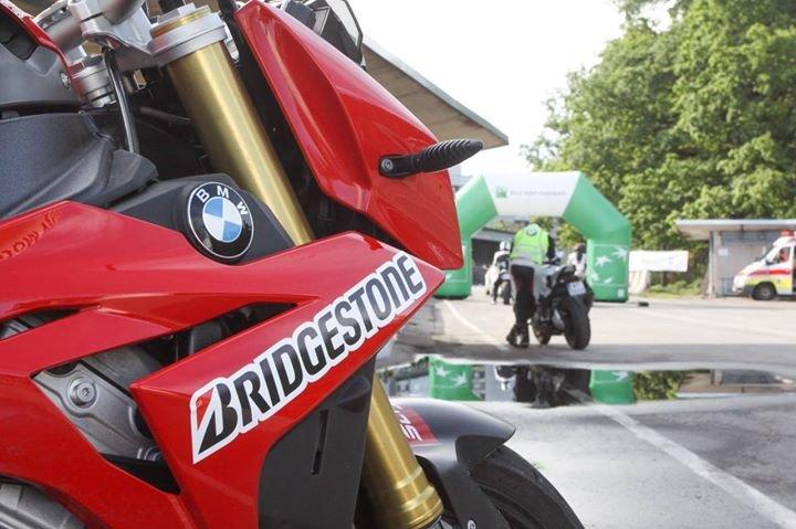 California Superbike School w Polsce cover