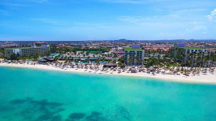 Holiday Inn Resort Aruba cover