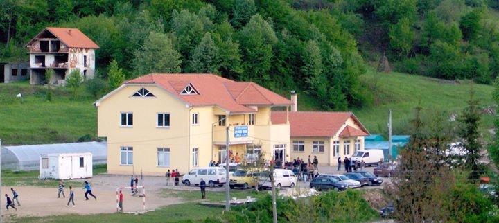 IPAK - Mladost Gradi Budućnost cover