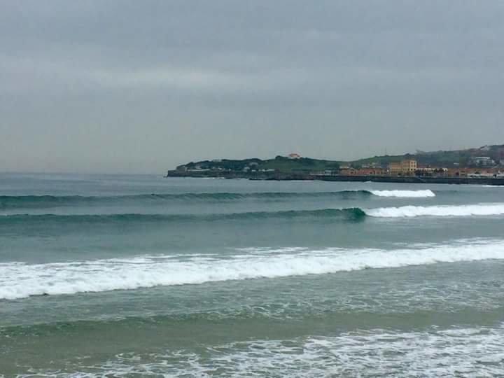 Escuela de Surf San Lorenzo cover