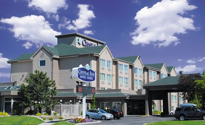 Crystal Inn Hotel & Suites cover