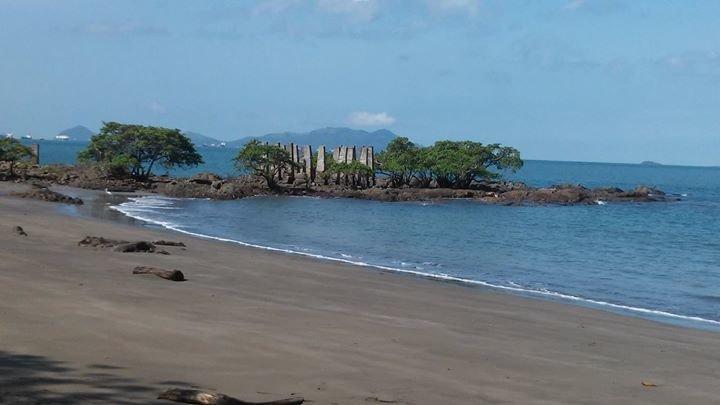Punta Culebra Nature Center / Centro Natural Punta Culebra cover