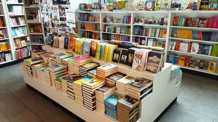 Librerie.Coop Lingotto cover