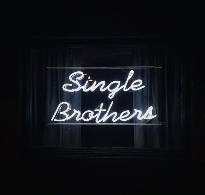 SINGLE BROTHERS cover