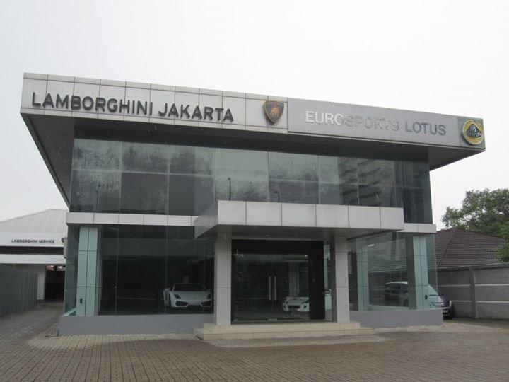 Lamborghini Club Jakarta cover