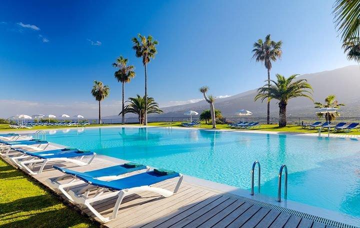 Hotel Las Aguilas cover