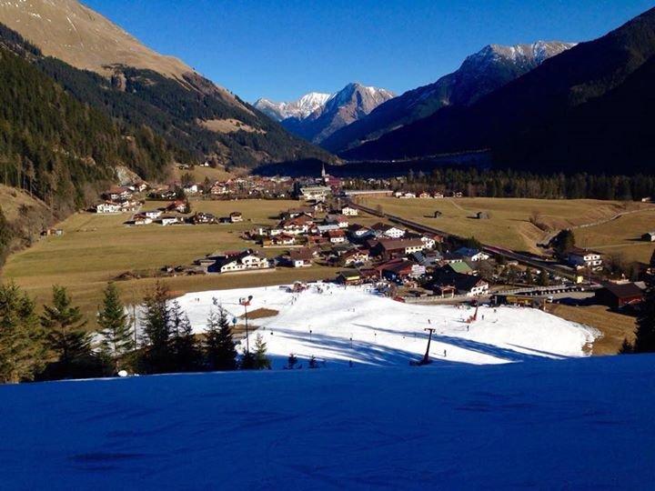 Knittel Tirol / Wally Blitz cover