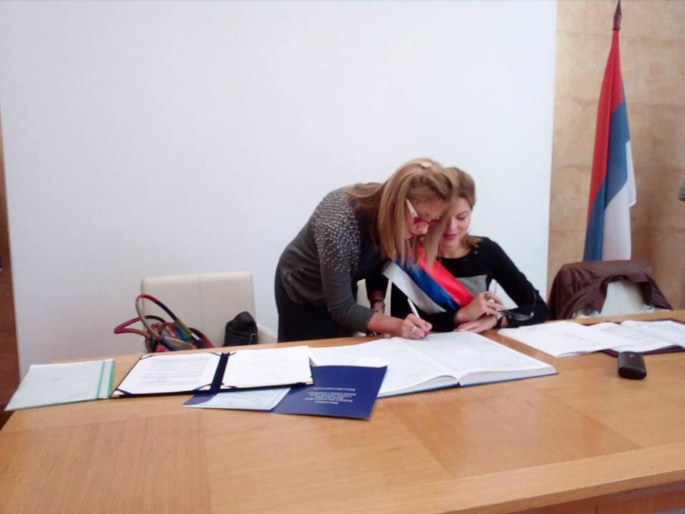 Sudski prevodilac za francuski i ruski jezik cover
