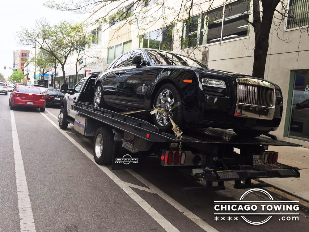 Chicago Towing  cover
