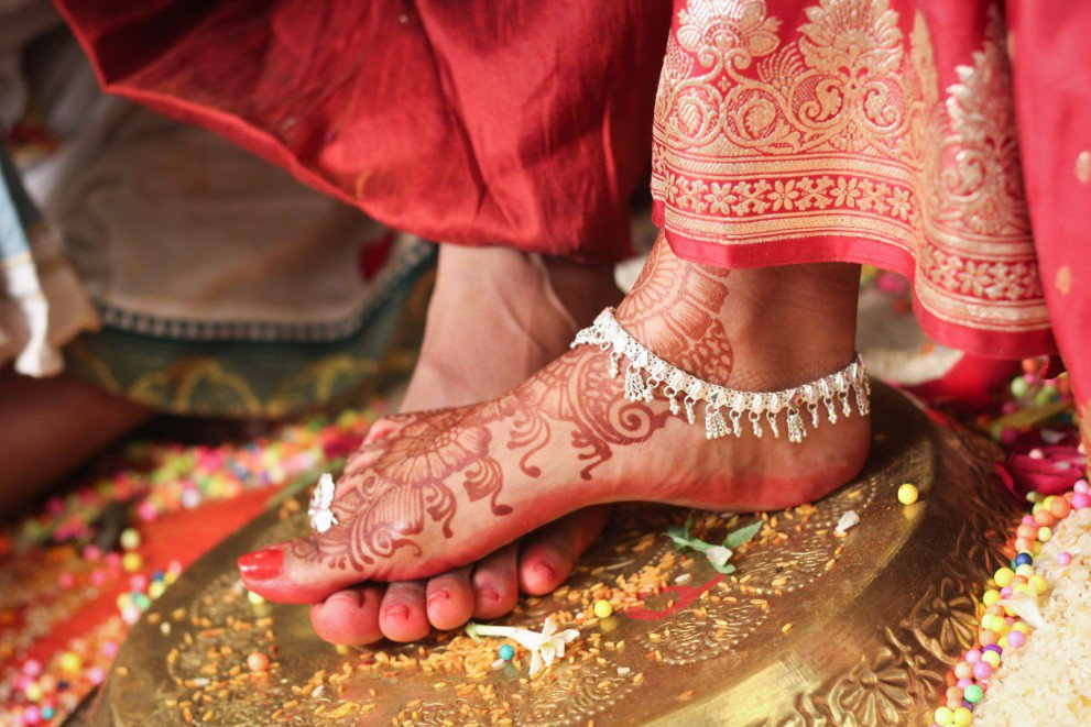 www.weddwing.com wedding photography cover