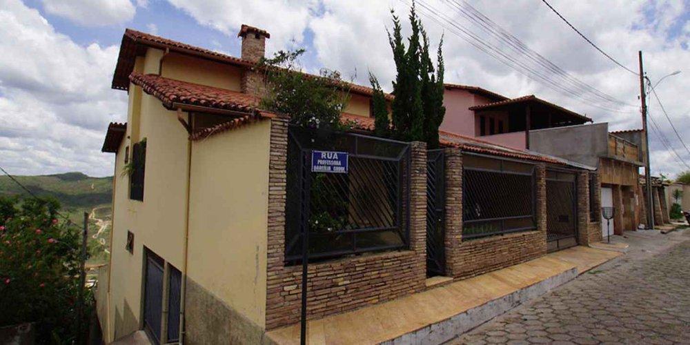 Hostel Pico do Itambé Diamantina MG cover