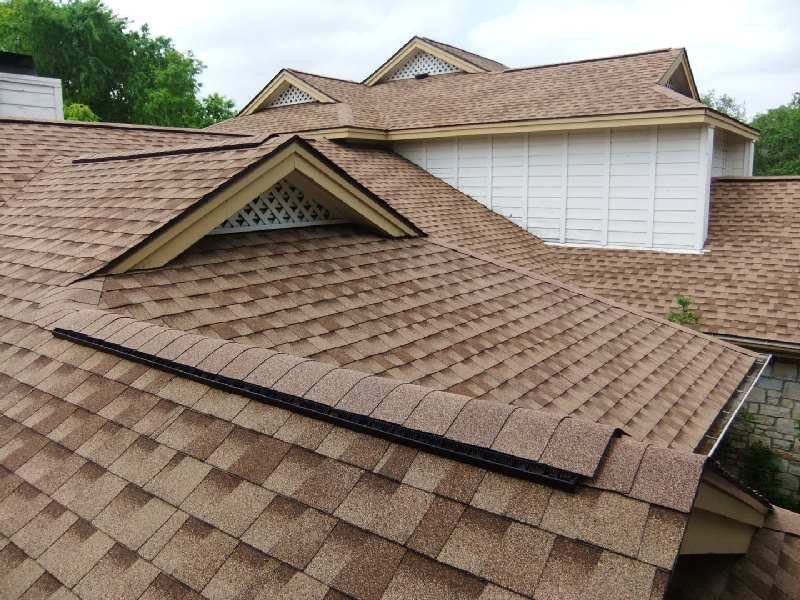 Roofing Repair Contractors cover